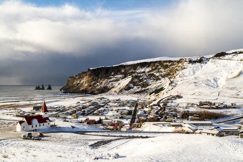 Blick über Vík í Mýrdal
