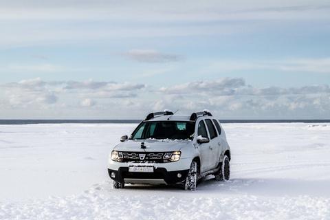 Dacia Duster im Schnee