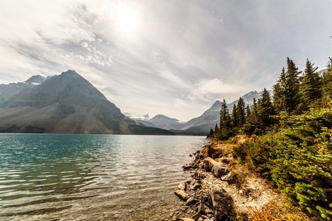 gallery/07-kanada-icefields-parkway-bow-lake.jpg,Bow Lake