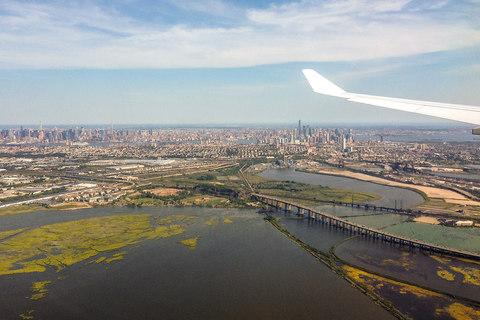 Manhattan beim Anflug auf den Newark International Flughafen