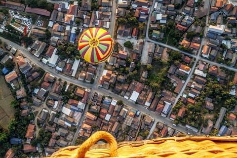 Heißluftballonfahrt in Vang Vieng