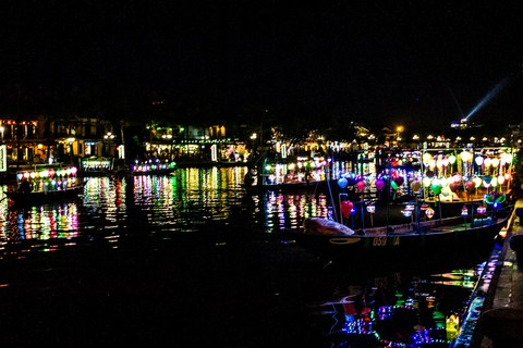 Bootsfahrt auf dem Thu Bồn